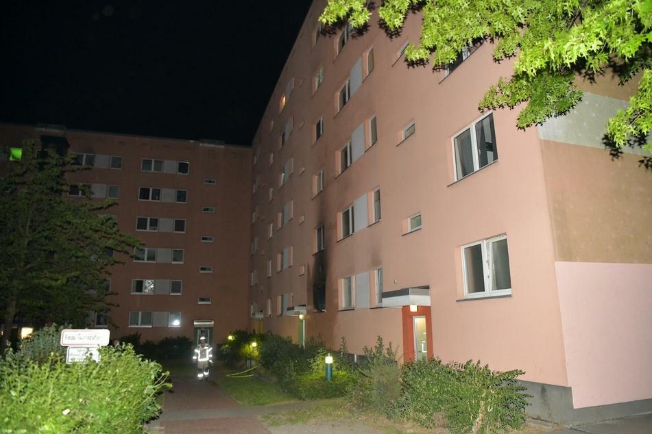 In einer Wohnung in Berlin-Hellersdorf ist am frühen Dienstagmorgen ein Feuer ausgebrochen.