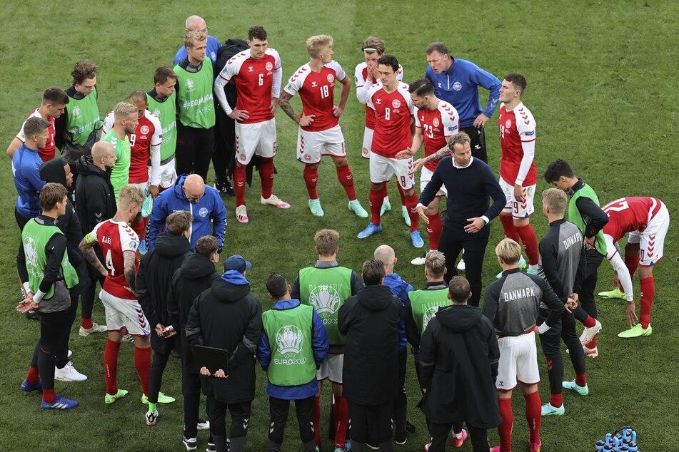 Die dänische Mannschaft musste keine zwei Stunden nach dem Schock weiterspielen - und verlor am Ende 0:1.