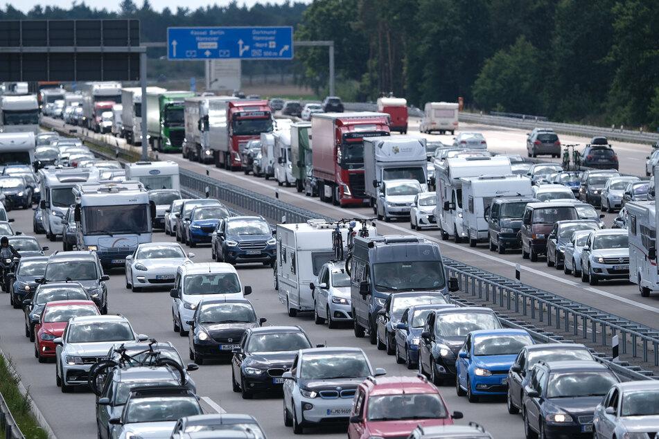 Straßenschäden: Staugefahr auf der A1 bei Hamburg am Wochenende