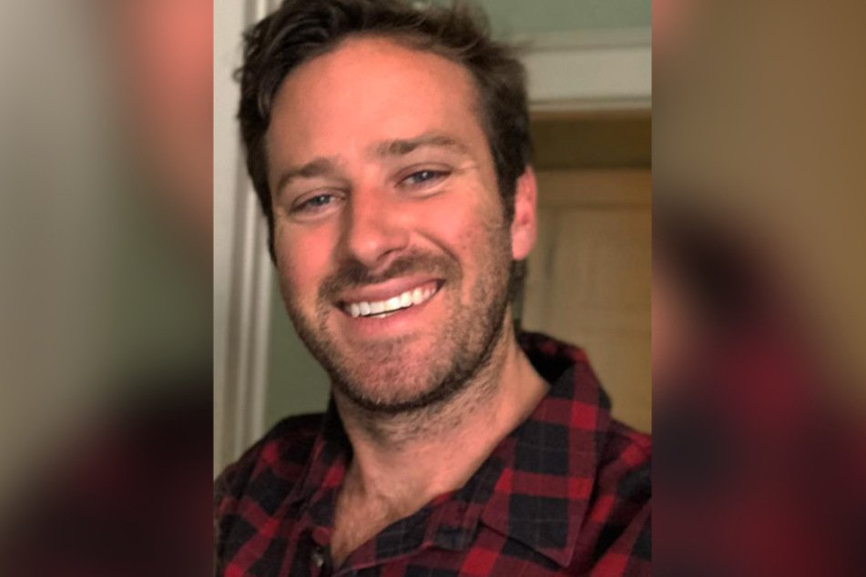 Armie Hammer (34) allegedly wrote his sexual fantasies to numerous women.