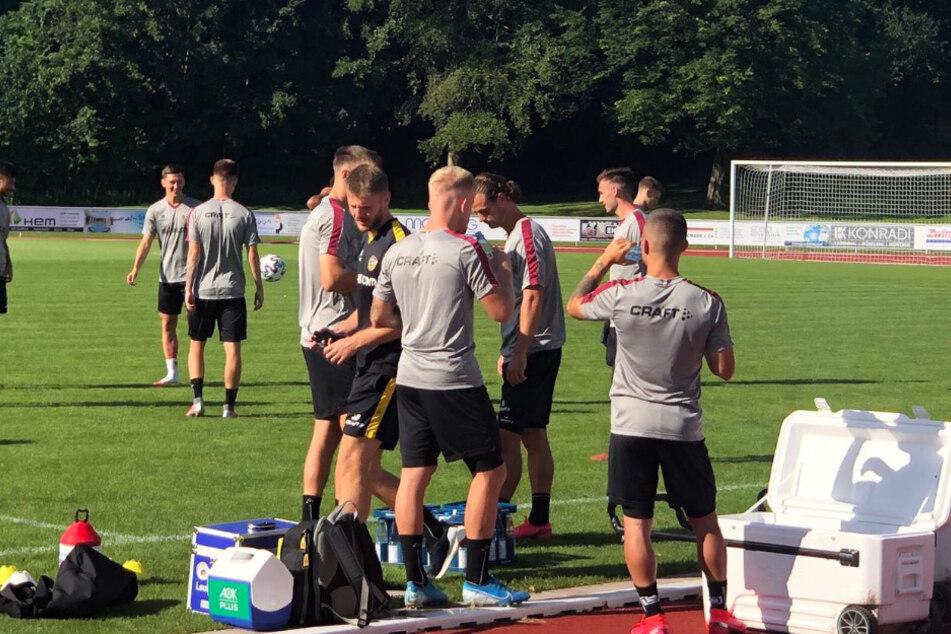 Leichtes Anschwitzen vor dem Match gegen Braunschweig.