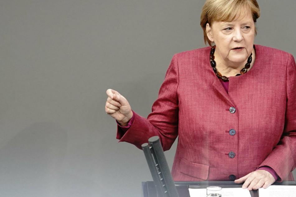 """Regierungserklärung von Merkel: Lage """"dramatisch""""! AfD stört mit vielen Zwischenrufen"""