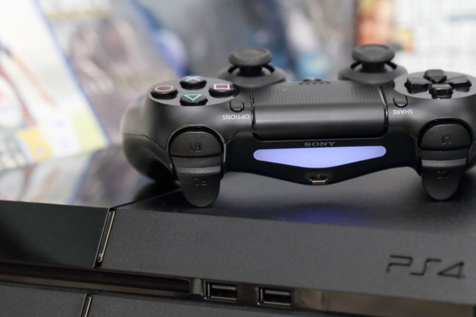 Mother sells son's gaming console but accidentally includes a kinky surprise for the buyer