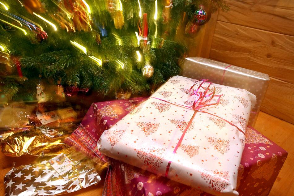 Trotz Corona rechnet der Einzelhandel auch in diesem Jahr mit steigenden Umsätzen im wichtigen Weihnachtsgeschäft.
