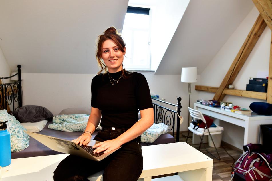 Studenten wohnen in Chemnitz sehr günstig - das weiß auch Stefanie Dlouhy (27) in ihrer WG in der Casparistraße zu schätzen.