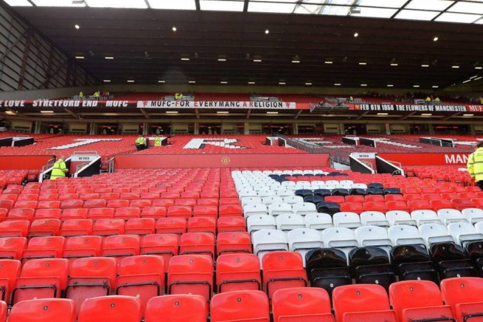 Manchester-Stadion evakuiert und Spiel abgesagt