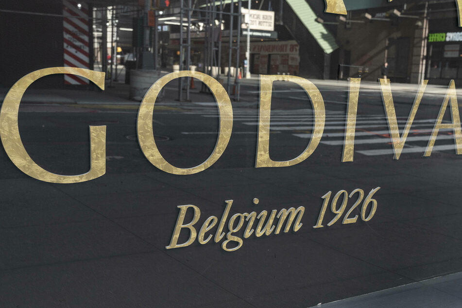 Chocolatier Godiva will be closing all stores in North America.