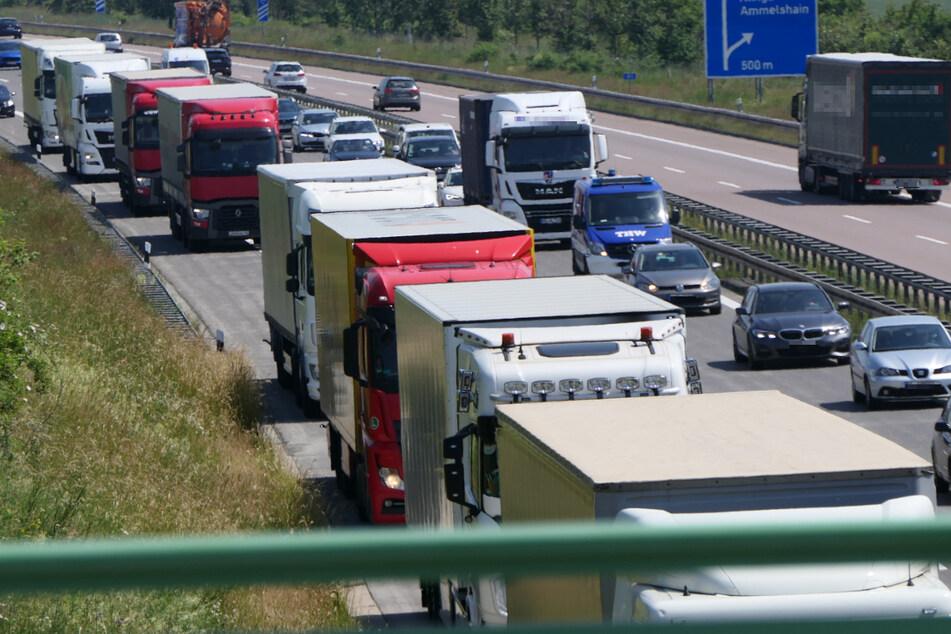 Wegen eines Unfalls stand der Verkehr am Mittwochnachmittag auf der A14 vorübergehend still.