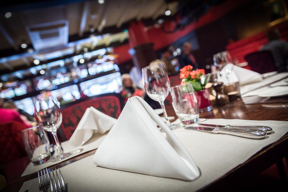 Keine Einsicht: Behörde schließt selbes Restaurant voller Gäste erneut!