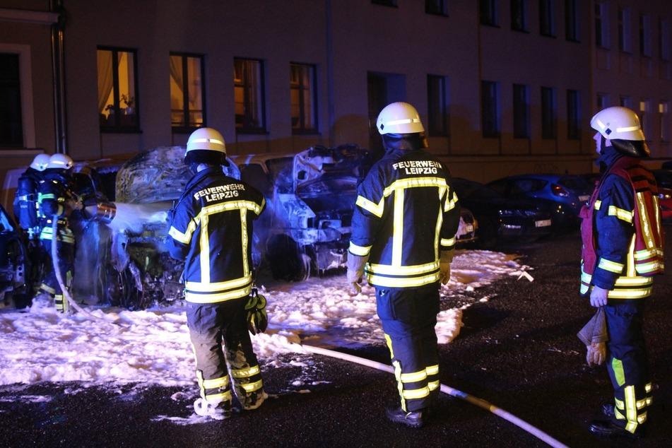 Nur eine Stunde später brannte ein Transporter in Reudnitz.