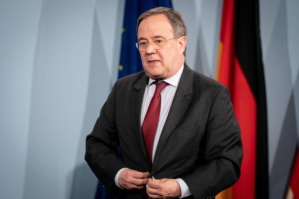 NRW-Ministerpräsident Armin Laschet (CDU) ist erfreut über den neuen Impfrekord.