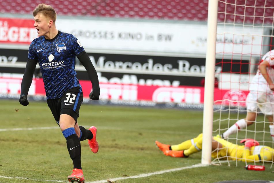 Ein Tor für die Geschichtsbücher. Luca Netz (18) löste mit seinem Treffer gegen den VfB Stuttgart Kevin-Prince Boateng (34) als Herthas jüngsten Torschützen ab.