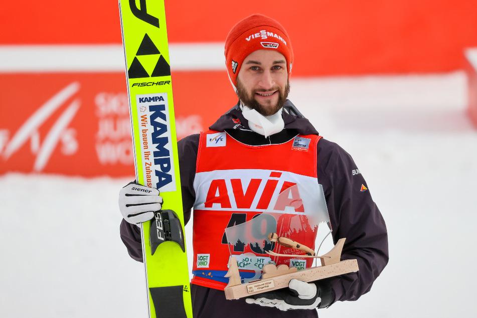 Markus Eisenbichler (29) freute sich am Sonntag nach Sprüngen auf 138 und 141,5 Meter über den Sprung aufs Podest.