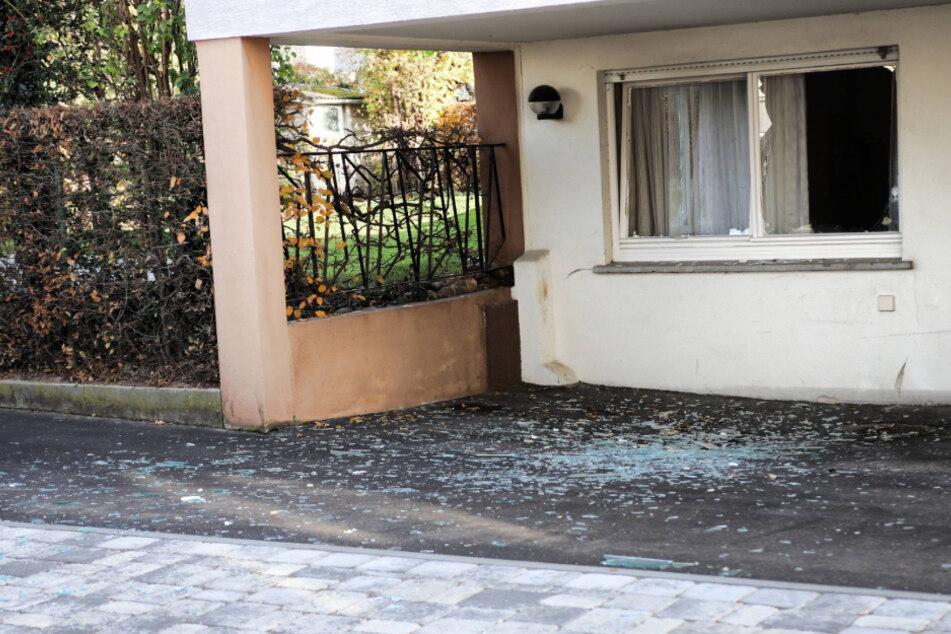 Explosion in Haus: Bewohner hat Glück im Unglück