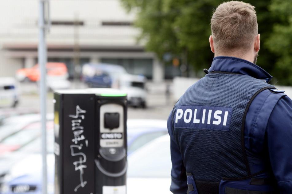 Die Polizei untersucht nun die Ursache der Explosion.