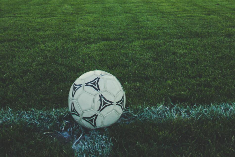 Fußball-Amateure im Norden unterbrechen wegen Corona die Saison