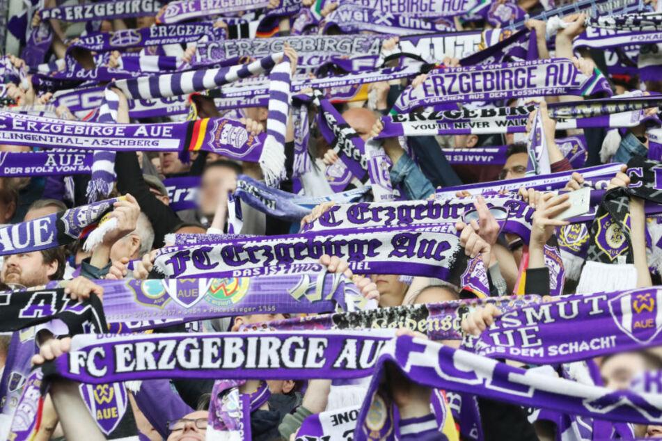 E Die Fans sind eine Macht, die Mitglieder erst recht. Mehr als 8800 zählt der FCE.