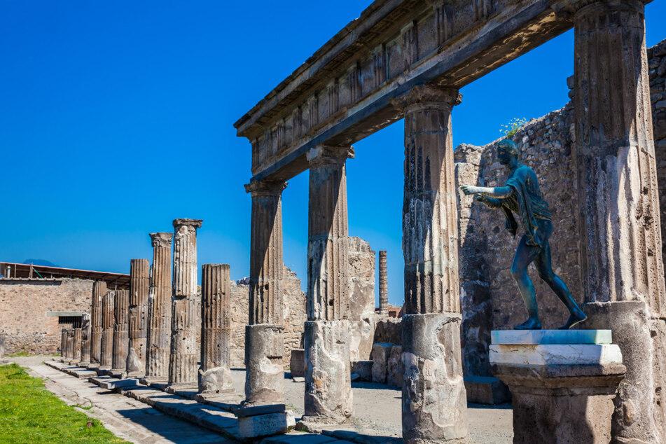 Touristin klaut in Pompeji und gibt alles zurück: Liegt ein Fluch auf ihr?