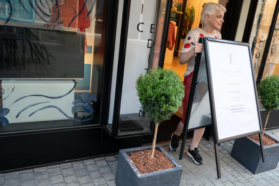 Langsame Lockerung: Geschäfte haben wieder offen
