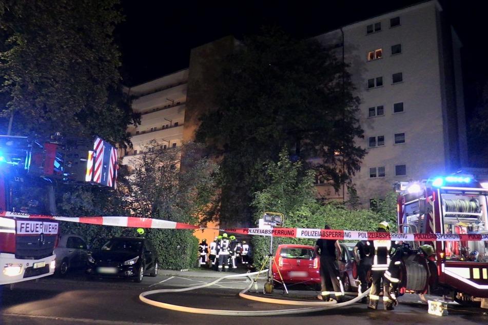 Mehrfamilienhaus-Keller brennt lichterloh: Schon zweites Feuer in wenigen Tagen