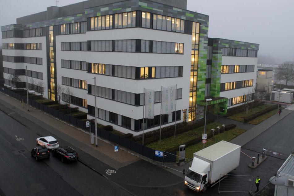Die Biontech-Firmenzentrale in Mainz: Biontech will nicht vorübergehend auf den Patentschutz für seinen Corona-Impftstoff verzichten.