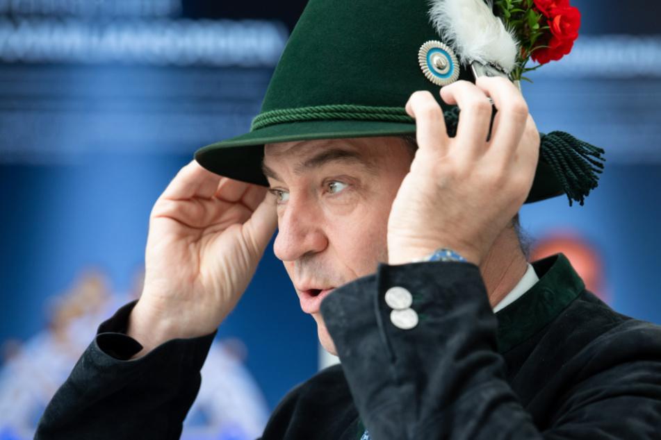 Markus Söder wird mit diesem Hut eine große Ehre zuteil