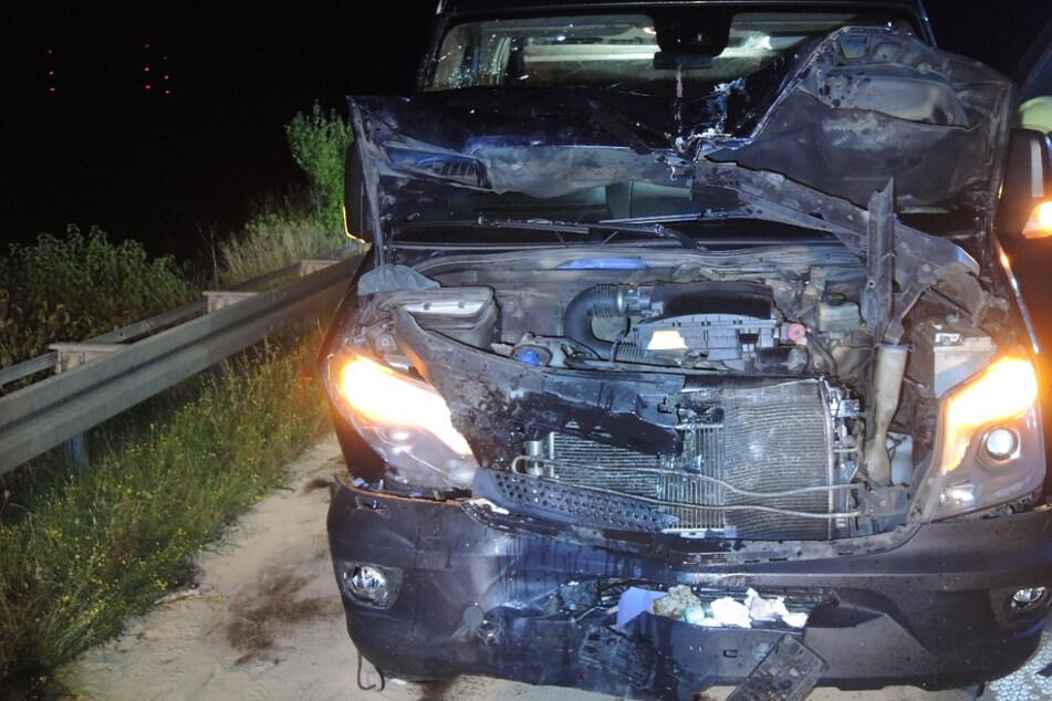 Unfall A38: Elektrogeräte fielen vom Fahrzeug: Zwei Verletzte bei schwerem Unfall auf A38