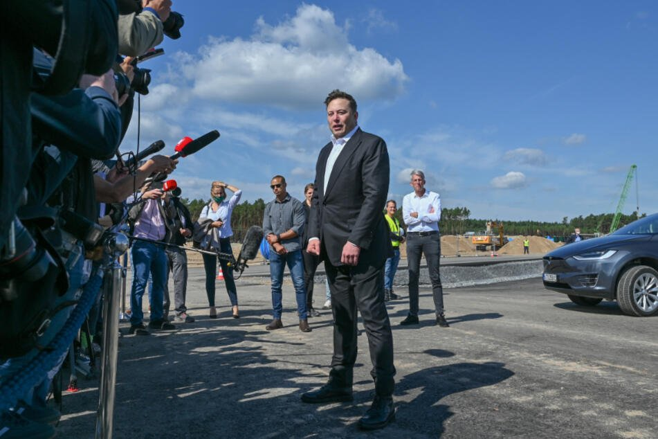 Tesla-Chef Elon Musk im September 2020 in Grünheide.