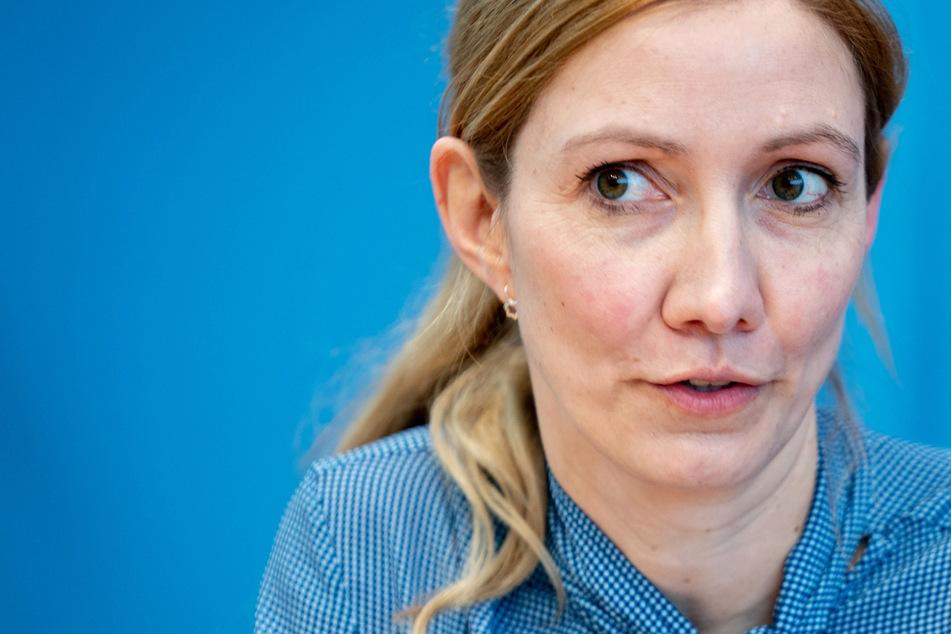 Virologin Sandra Ciesek: Corona-Schnelltests sind wichtiges Werkzeug
