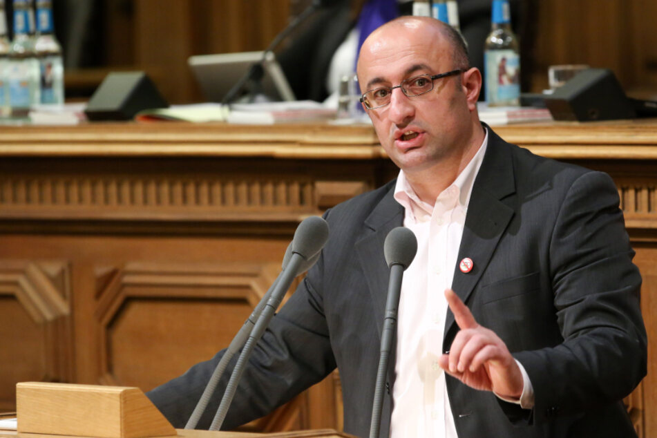Linken-Politiker Mehmet Yildiz äußert wilde Verschwörungstheorien über das Coronavirus.