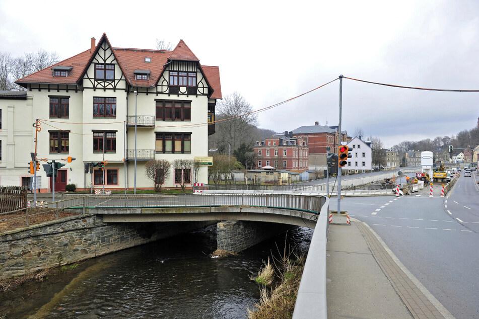 Die Brücke zwischen Annaberger und Klaffenbacher Straße wird im April abgerissen und bis Oktober 2022 neu gebaut.