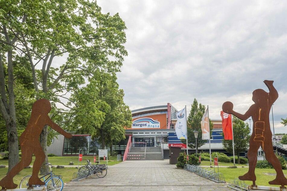 Blick auf die Margon Arena in Dresden.