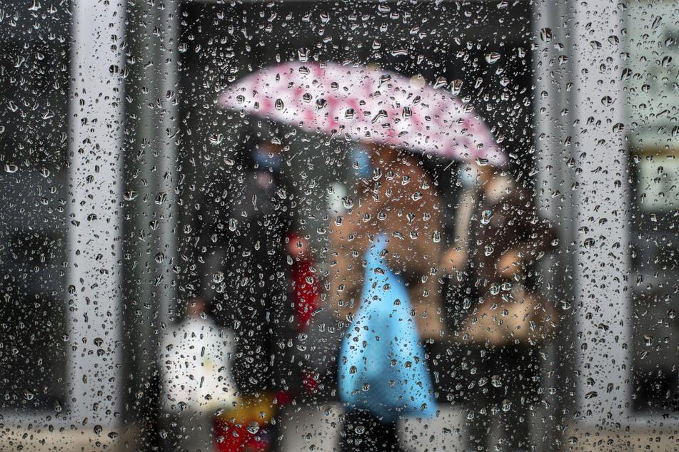 Meteorologen erwarten Schauer und Gewitter mit Sturmböen (Archivfoto).
