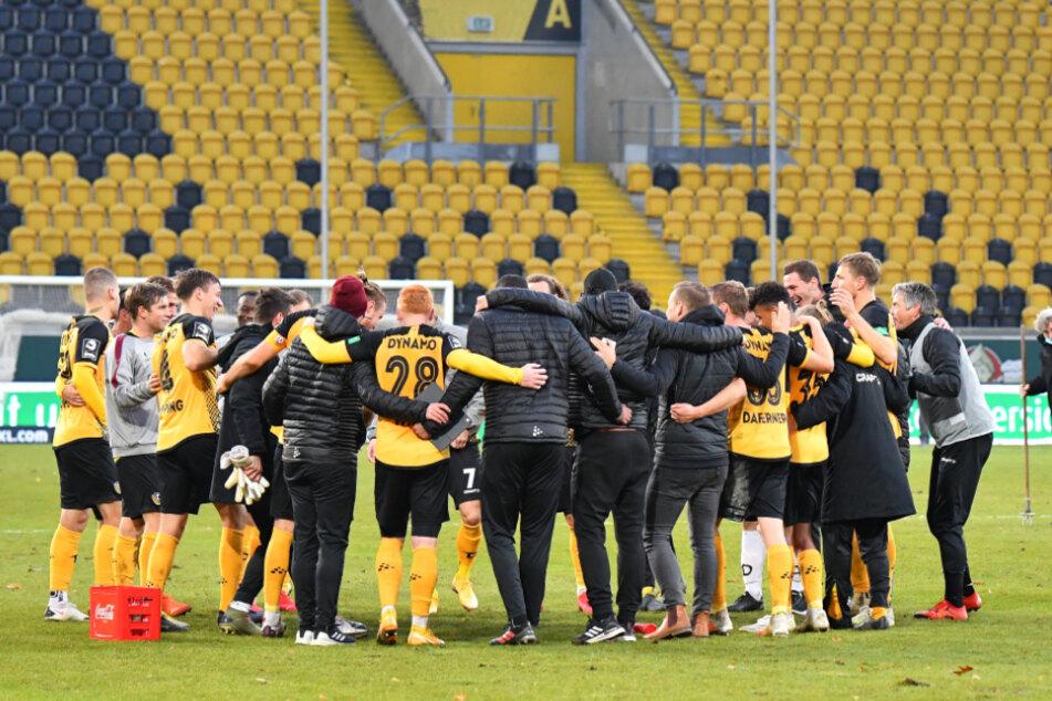 Nach dem Sieg gegen 1860 München tanzten die Dynamos vor Freude. Gibt's heute im Ostseestadion die nächste Runde?