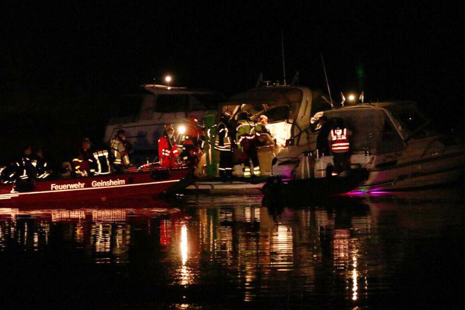 Notfall auf Boot: Zwei Menschen schwer verletzt, Druckkammer im Einsatz!