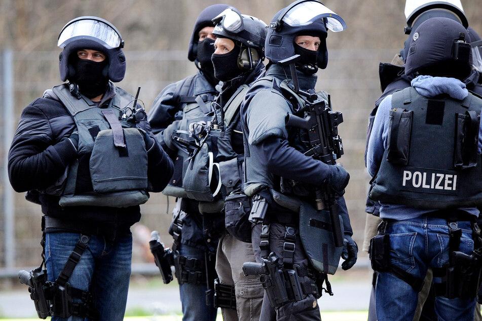 Mitglieder eines Spezialeinsatzkommandos (SEK) der Polizei. (Archivbild)