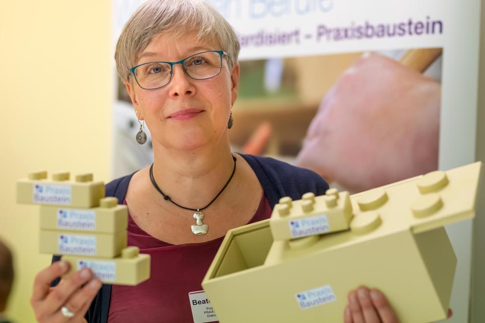 """Beate Seichter (59) steuert das Projekt """"Praxisbausteine""""."""