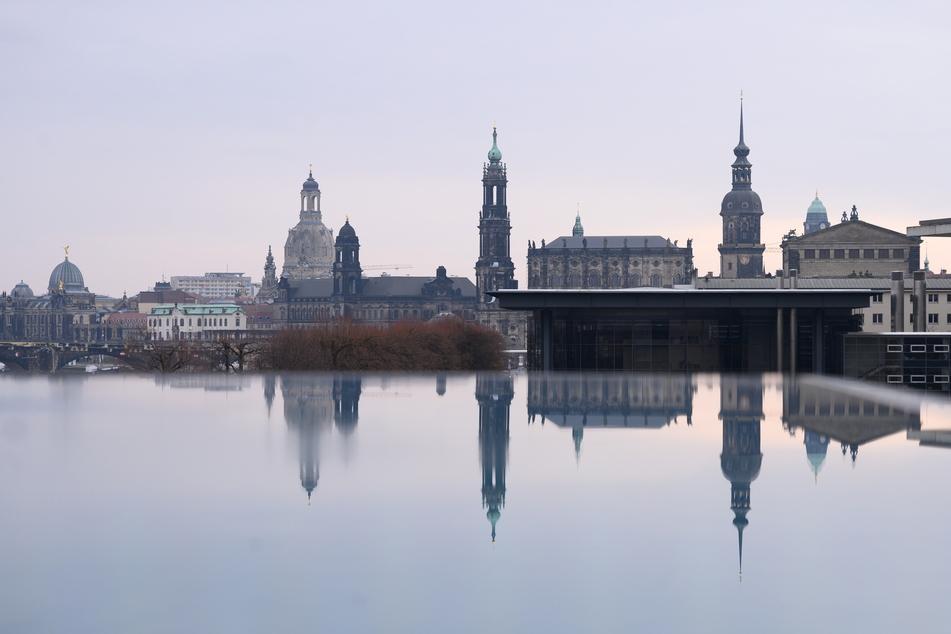 Die Stadt Dresden meldete am Dienstag 75 Neuinfektionen – jedoch keine Todesfälle.