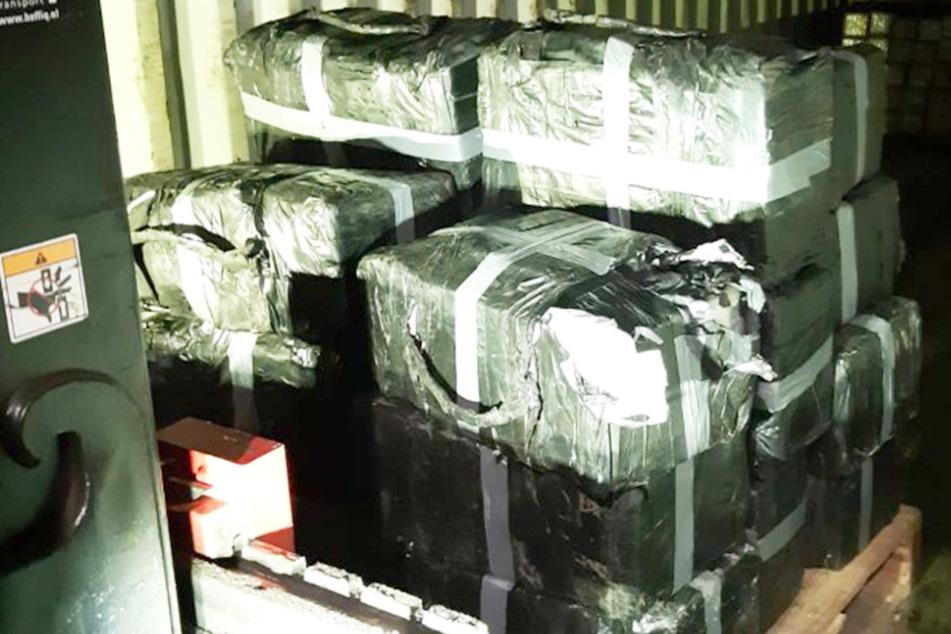 30 Millionen Euro Wert: Polizei findet 750 Kilo Kokain!