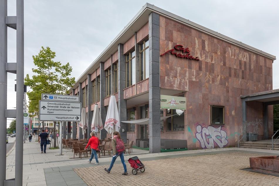 Das Café Moskau in Chemnitz lässt ab sofort nur noch Geimpfte oder Genesene ins Lokal (Archivbild).
