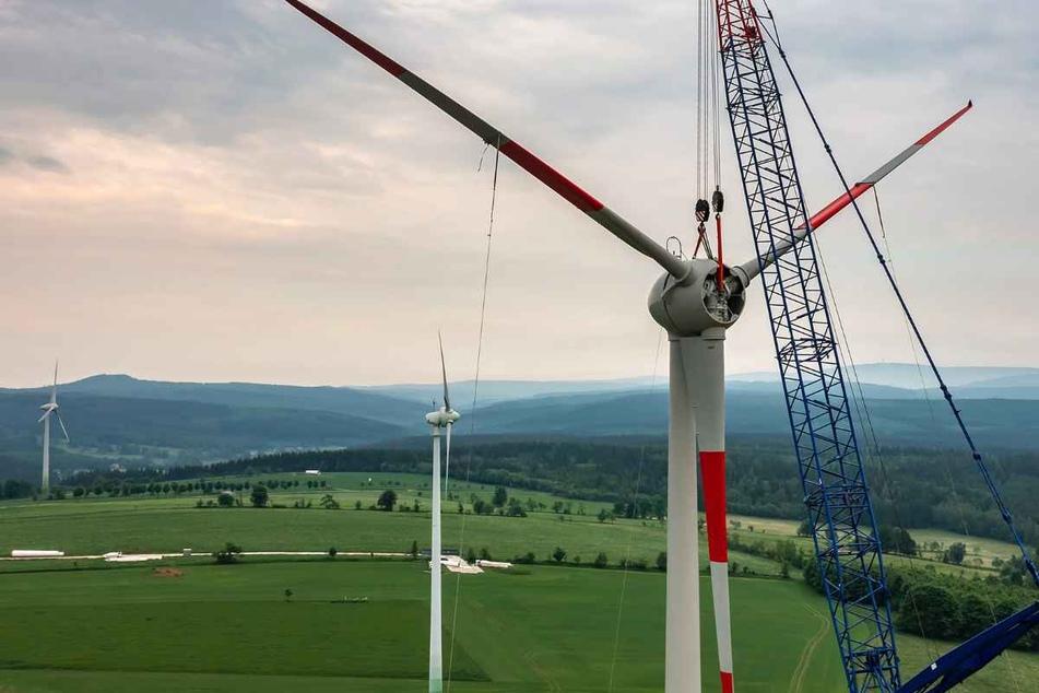 Neuer Windpark im Erzgebirge entsteht: Scheitert das Prestige-Projekt an einer einzigen Anwohnerin?