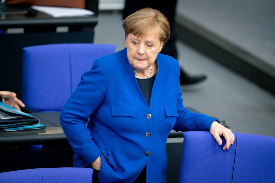 Bundeskanzlerin Angela Merkel (CDU) nimmt an der Regierungsbefragung im Bundestag teil.