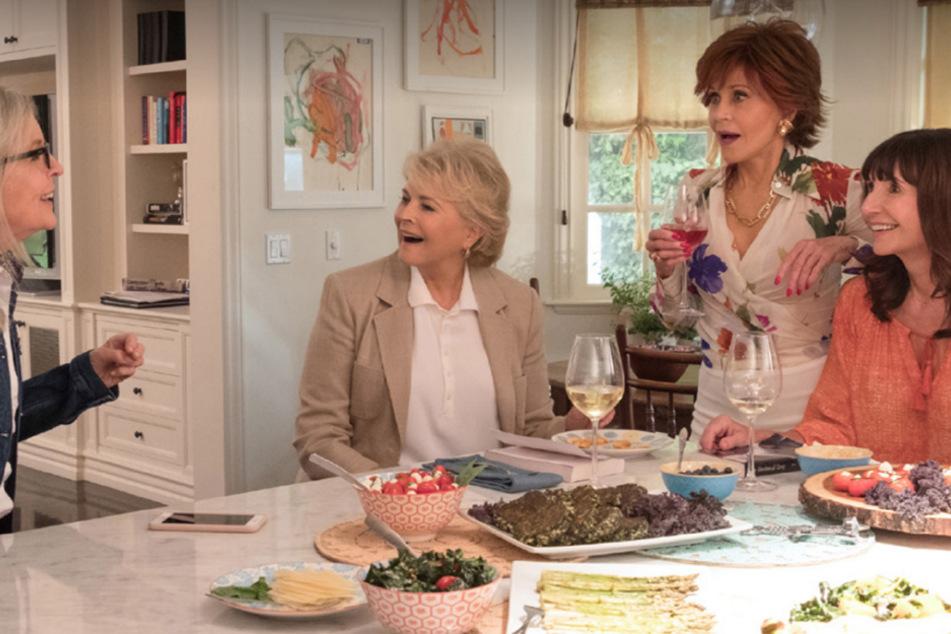 """""""Book Club – Des Beste kommt noch"""" ist eine romantische Best-Ager-Komödie mit den Hollywood-Stars Jane Fonda (82), Diane Keaton (74), Mary Steenburgen (67), Candice Bergen (74)."""