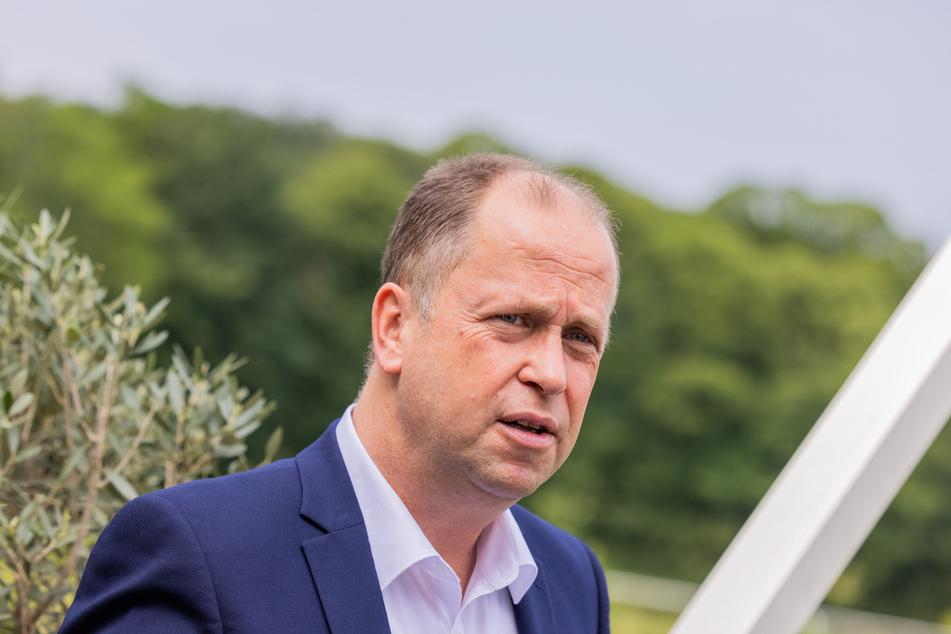 Joachim Stamp (51, FDP) ist Minister für Kinder, Familie, Flüchtlinge und Integration des Landes Nordrhein-Westfalen.