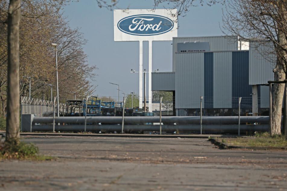 Der Parkplatz vor dem Ford Werk ist leer. (Archivbild)