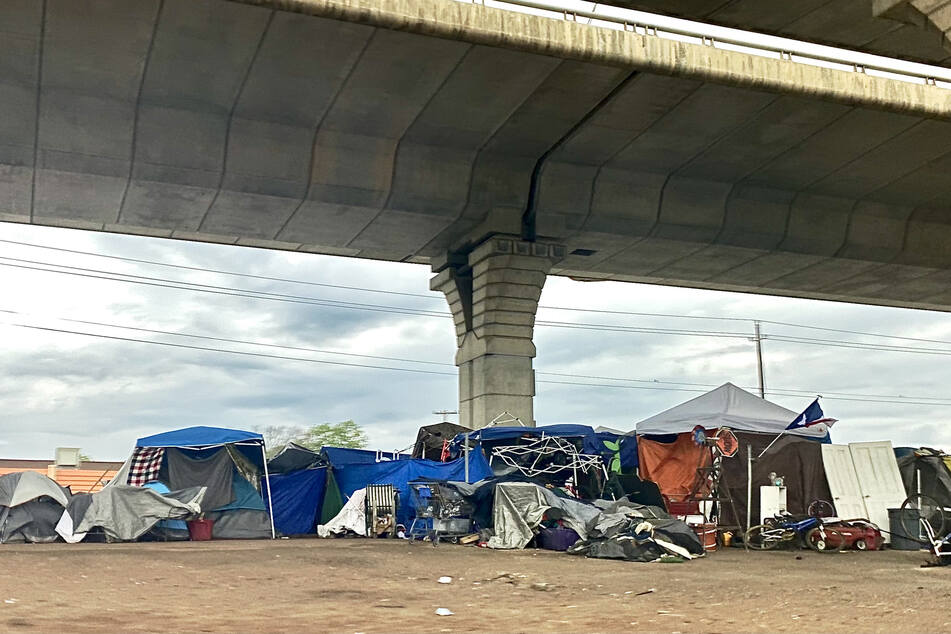Texas House passes legislation banning homeless camps across the state