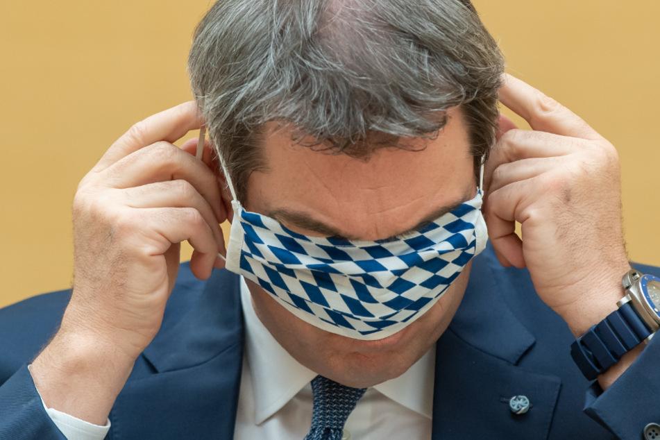 Mit dem Aushang brachte der Inhaber seine Ablehnung gegenüber Markus Söders Corona-Politik zum Ausdruck.