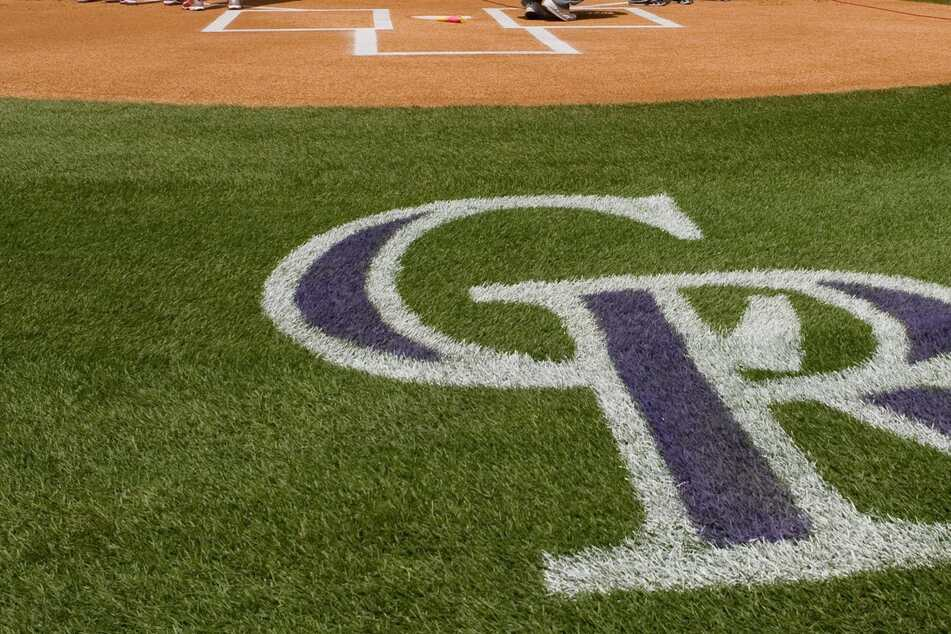 MLB: The Rockies investigate alleged racist event and say a fan was misheard