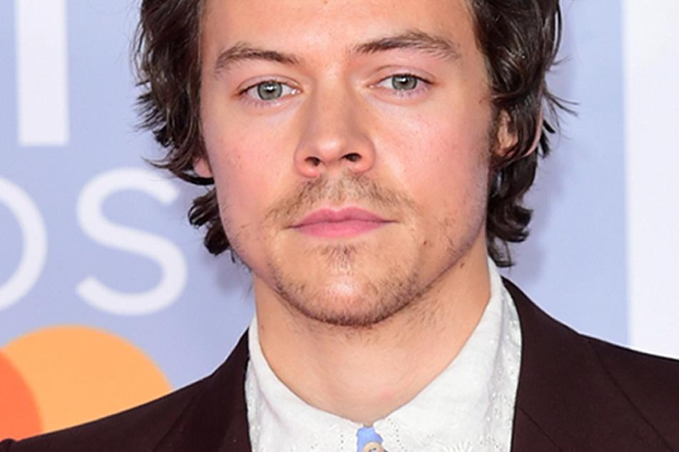Harry Styles mit Kleid: Als erster Mann auf dem Vogue-Cover!