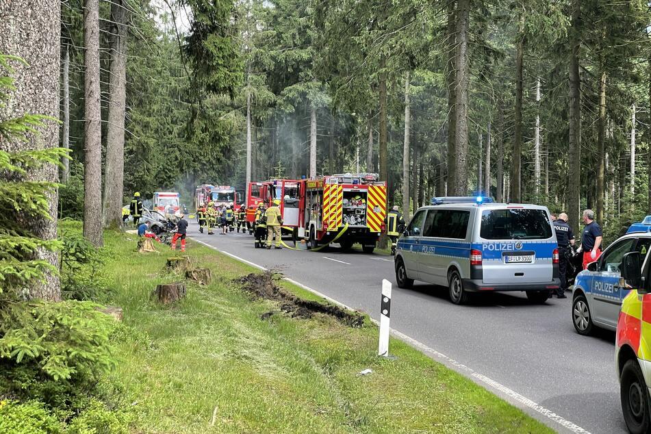 Bei dem tragischen Unfall kamen zwei Motorrad-Fahrer ums Leben.